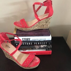 🌸 Red Wedge Sandals🌸